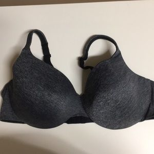 Cacique true embrace T-shirt bra 44D